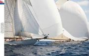 Moonbeam IV (1914) y Moonbeam III (1903) en plena regata